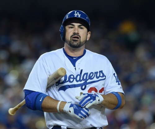 Los Angeles Dodgers slip past San Francisco Giants in 14th inning