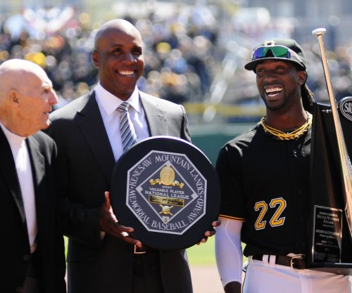 Marlins reportedly want Barry Bonds to be hitting coach