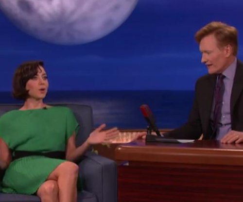 Aubrey Plaza says she celebrated birthday crying and watching 'Game of Thrones'
