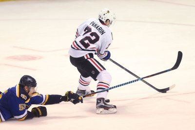 Chicago Blackhawks announce two-year deal for LW Artemi Panarin