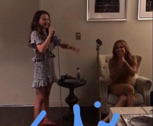 Alex Rodriguez's daughter Natasha sings for Jennifer Lopez