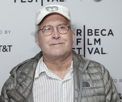 Chevy Chase to star in Crackle comedy 'Federal Offense'