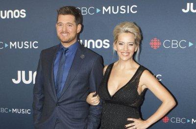 Michael Buble, Luisana Lopilato expecting third child