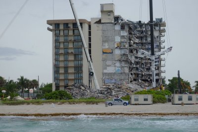 Florida condo collapse: Engineers check other buildings; Biden to visit site
