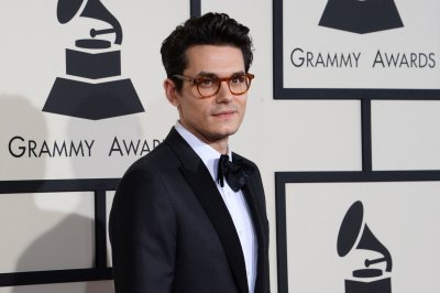 JP Saxe, John Mayer perform 'Here's Hopin' on 'The Late Show'