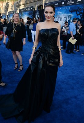 'Maleficent' enchants moviegoers, scores $70 million debut