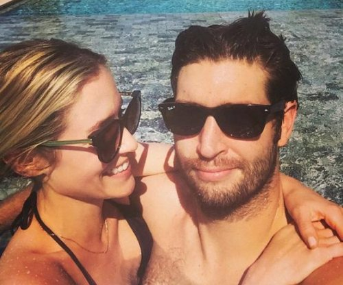 Kristin Cavallari shares vacation photo with Jay Cutler