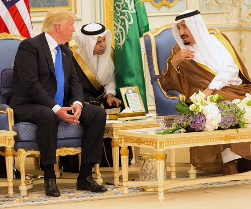 Boeing expands business ties with Saudis