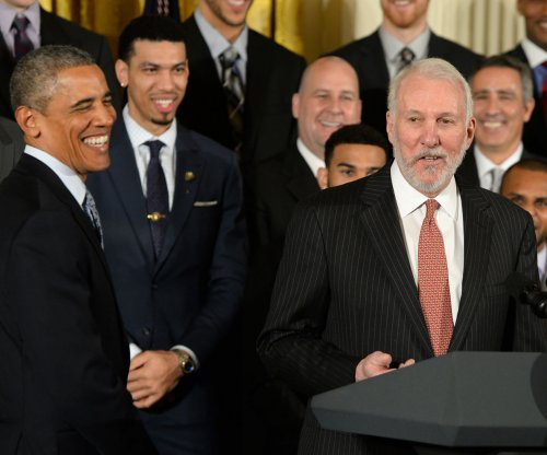 Gregg Popovich: Spurs coach calls U.S. 'embarrassment to the world,' talks white privilege