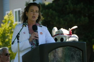 Oregon's first lady Cylvia Hayes hit with ethics complaint