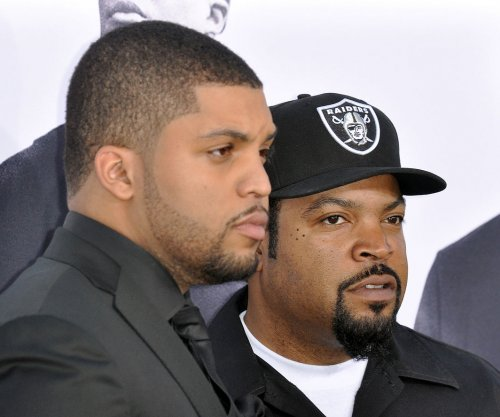 'Straight Outta Compton' premiere features famous faces, heightened security