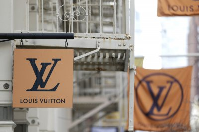 Louis Vuitton to stop making Michael Jackson-inspired items