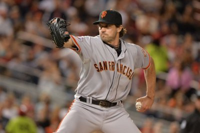Baseball's Barry Zito, the rhino, exits 'Masked Singer'