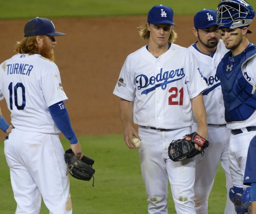 Dodgers RHP Greinke opts out, hits free agency