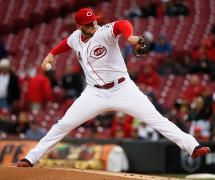 Cincinnati Reds' Rookie Davis gets first major-league win vs. Pittsburgh Pirates