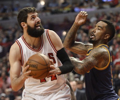Chicago Bulls: Nikola Mirotic's face broken in practice scuffle