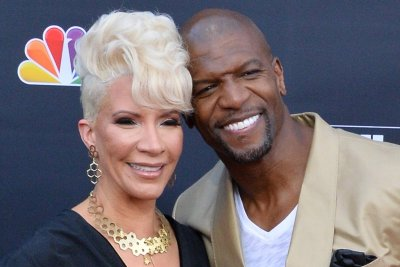 Terry Crews says wife is '100 percent cancer free' on 'The View'