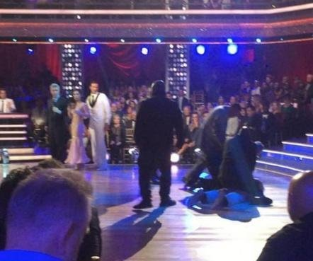 2 protesters charged for rushing Ryan Lochte on 'Dancing with the Stars'