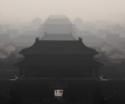 Heavy smog chokes Chinese cities amid lax enforcement