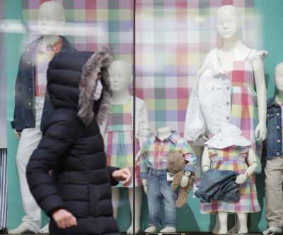 Largest U.S. mall operator sues Gap for missed rent payments