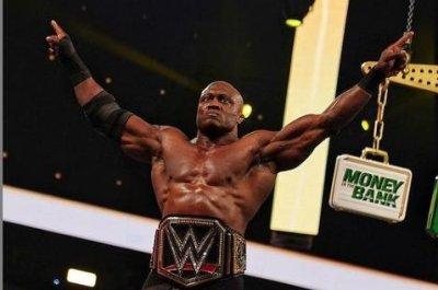 WWE Raw: Bobby Lashley destroys VIP Lounge, Drew McIntyre gets revenge