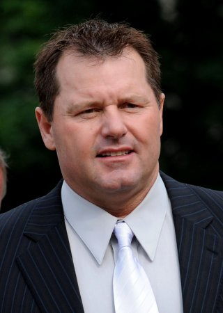 Clemens cleared on perjury counts