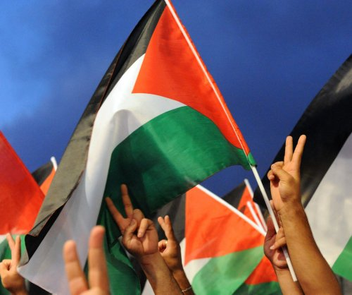 UN votes to allow Palestinian flag to fly at headquarters