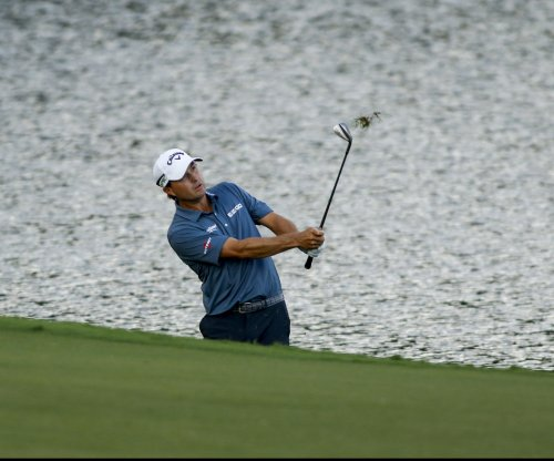 PGA Championship: Kevin Kisner clinging to one-stroke lead
