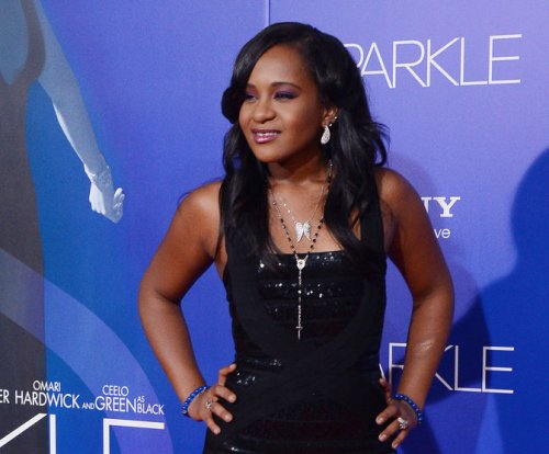 Tent erected outside Bobbi Kristina's hospice raises suspicion