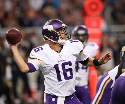 Report: Dallas Cowboys switch to Matt Cassel at QB