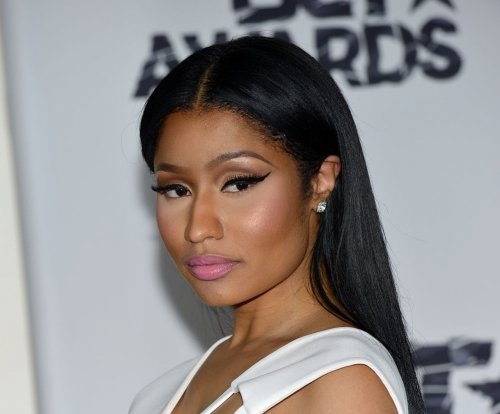 Nicki Minaj hints at MTV body shaming via Twitter