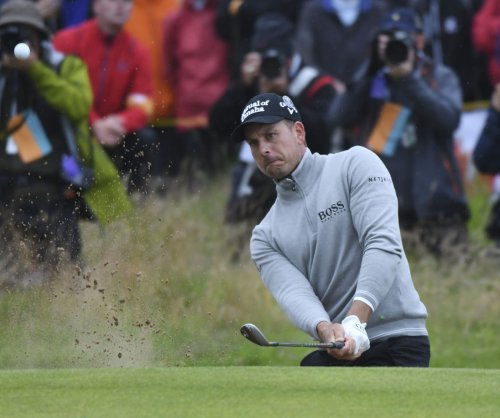 Phil Mickelson one back of Henrik Stenson to set up Sunday showdown
