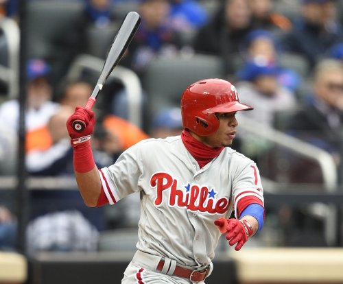 Philadelphia Phillies beat Washington Nationals on Cesar Hernandez home run