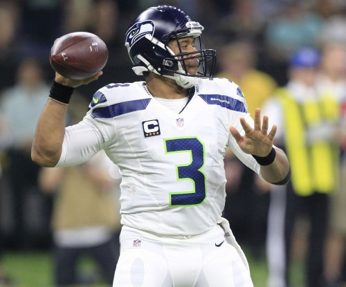Seattle Seahawks get banner night from Russell Wilson in win vs. Kansas City Chiefs