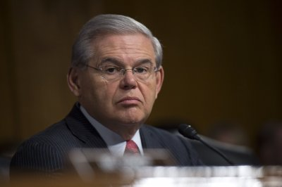 Judge declares mistrial for Menendez in corruption case