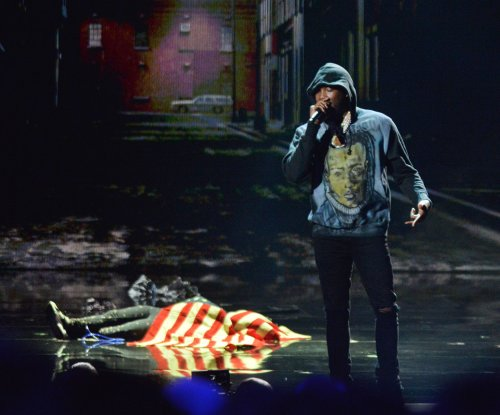 Meek Mill debuts new track, honors slain rappers during BET Awards