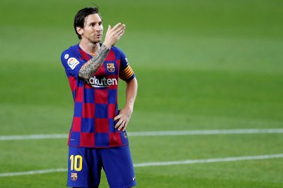 Lionel Messi scores goal No. 699 in Barcelona shutout of Leganes
