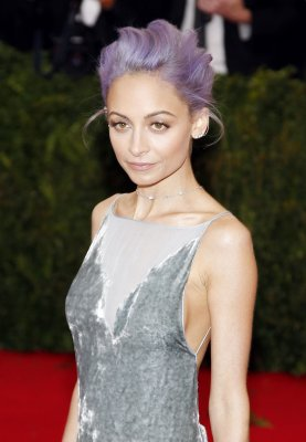 Nicole Richie debuts blue hair, discusses new series 'Candidly Nicole'