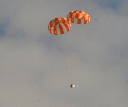 Orion parachutes pass failure test