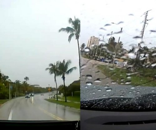 Florida man's truck totaled by lightning strike caught on dash cam