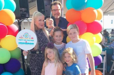 Tori Spelling and her family support children's hospital