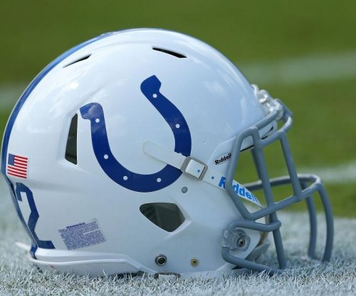 Colts officially name Eberflus, Sirianni as coordinators