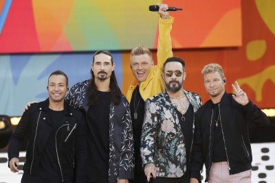 Backstreet Boys perform fan favorites on 'Good Morning America'