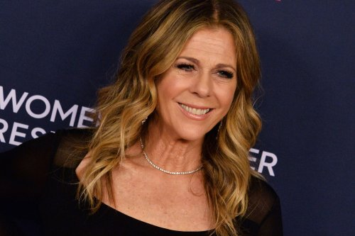 Rita Wilson celebrates health nearly a year after COVID-19 battle