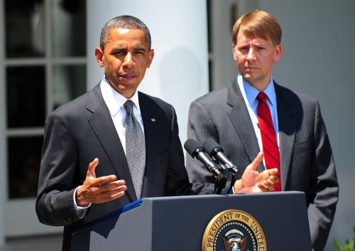 Obama taps finance monitor amid GOP threat