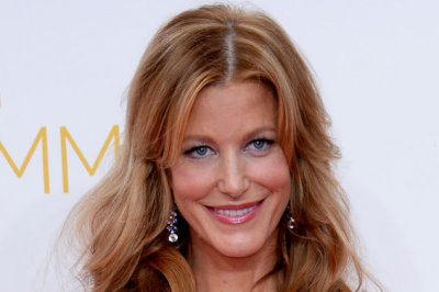 Anna Gunn to star on 'Criminal Minds' spinoff