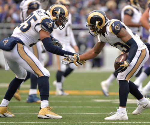 Former Los Angeles Rams S T.J. McDonald signs with Miami Dolphins despite suspension