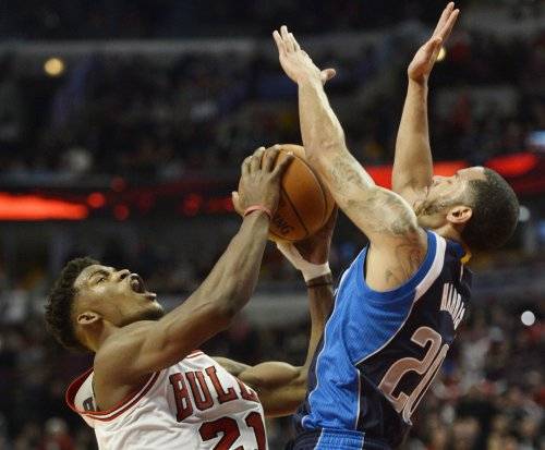Dallas Mavericks G Devin Harris fined $25,000 by NBA for tirade