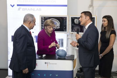 Merkel talks Palestinian state, Iran in two-day visit of Israel