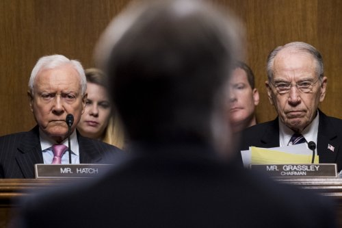 Congress' approval rating edges up 3 weeks before midterms, poll shows